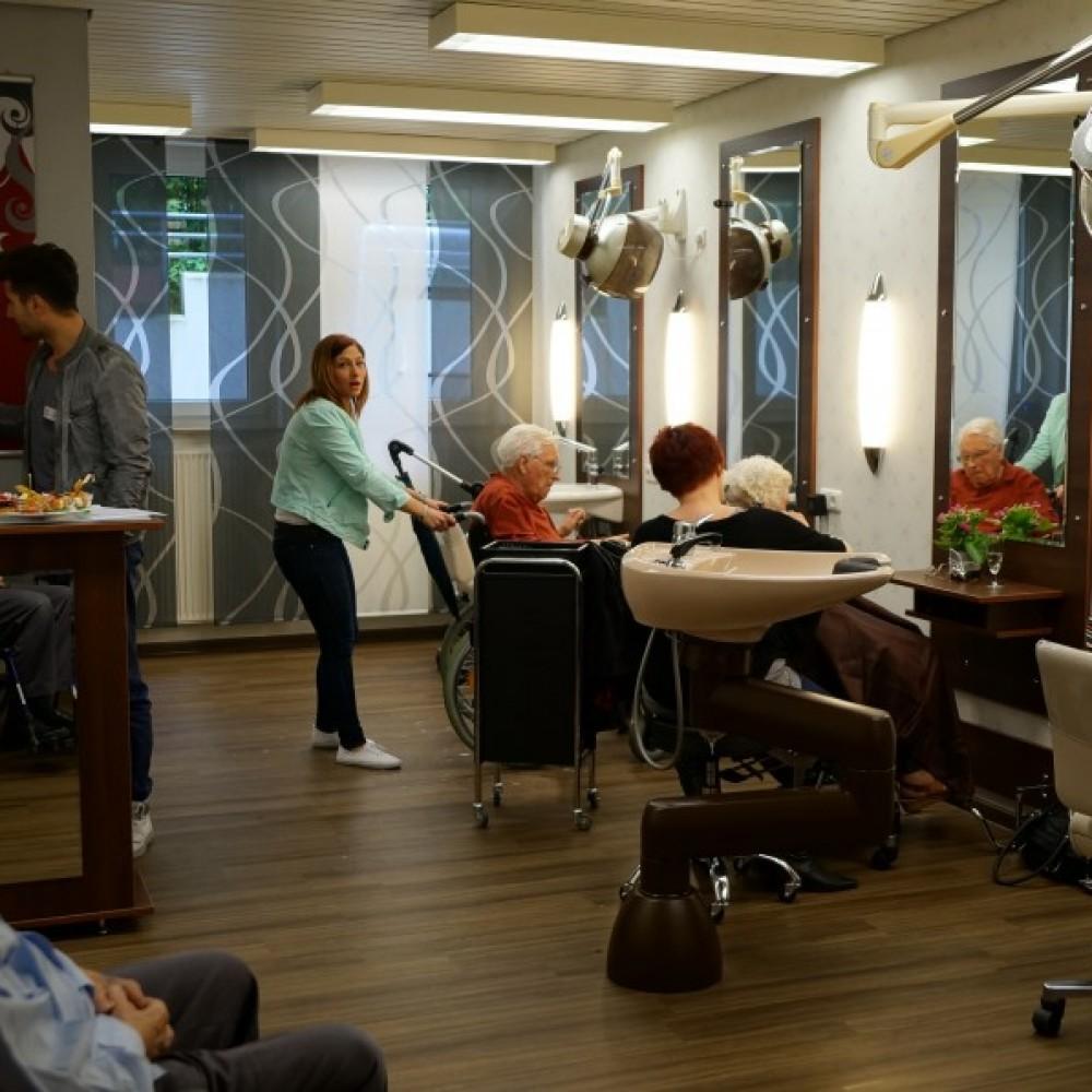 dsc029741 e1429718075437 874834560 studio 25 ihr friseur in barsinghausen. Black Bedroom Furniture Sets. Home Design Ideas